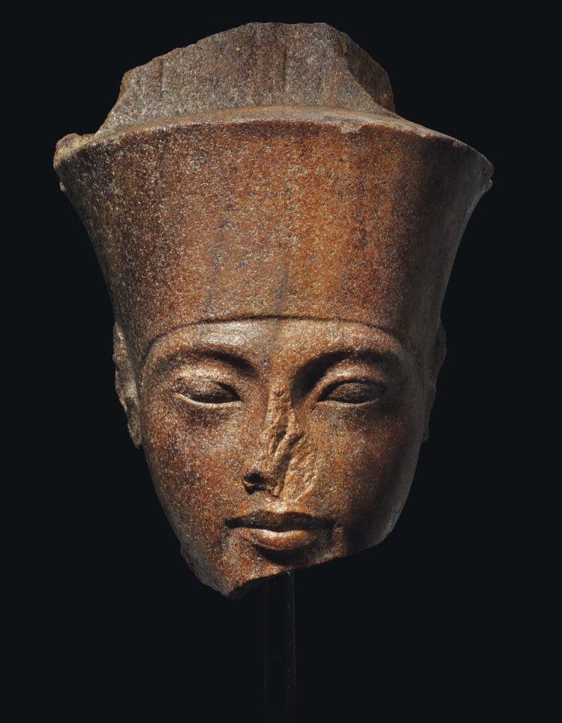 La testa di Tutankhamon all'asta per oltre 4 milioni di sterline