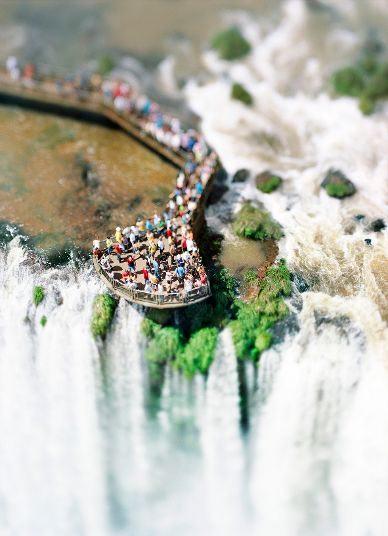 The-Waterfall-Project-Iguazu-Argentina-Brasil-2007.