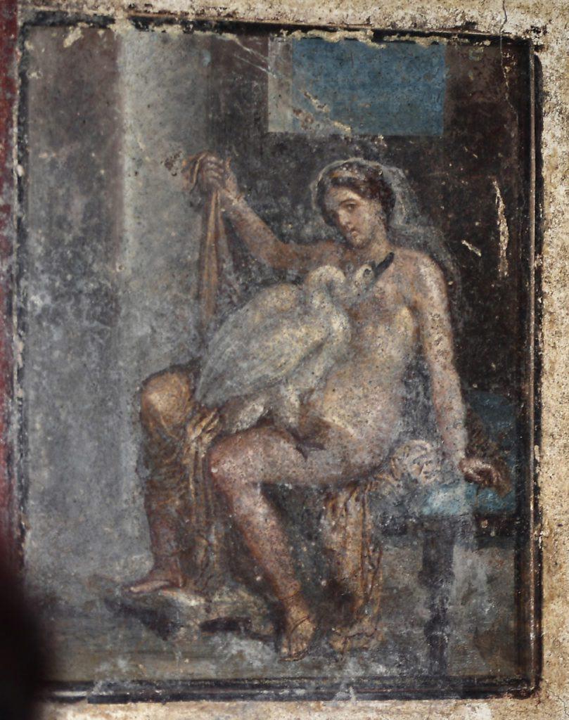 Un affresco di Leda e il cigno trovato in un'antica camera da letto di Pompei. Foto di Filippo Monteforte / AFP via Getty Images.