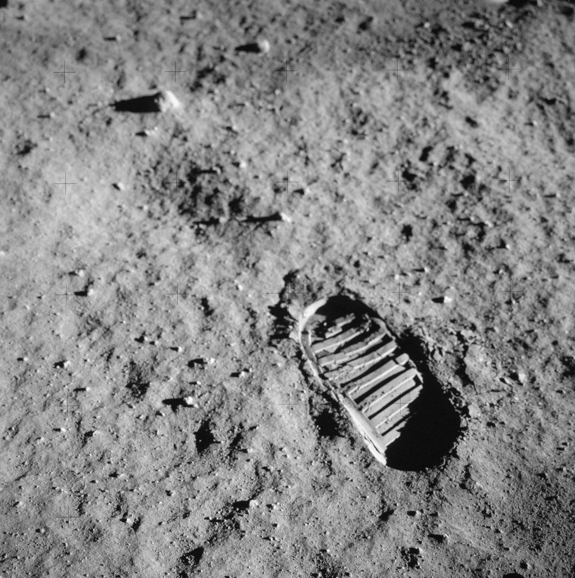 01_© NASA Archive.jpg