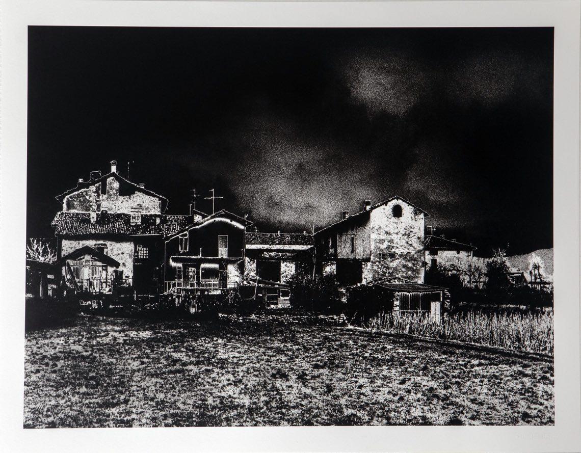 Luigi Erba, Brianza, 1973 – 2009. Stampa ai pigmenti di inchiostro su carta cotone realizzata dallo Studio De Stefanis di Milano da vintage su carta baritata, eseguito con solarizzazione del negativo,