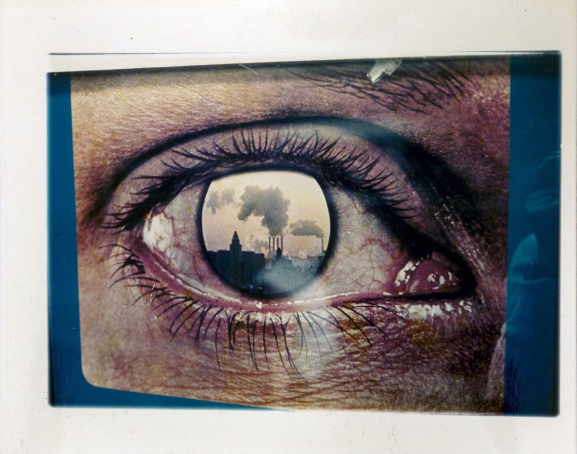 """Luigi Ghirri, Dalla serie """"Paesaggi di Cartone, 1971-1974"""", Senza titolo, 1971. Stampa cromogenica su carta al polietilene, 18.5 x 23 cm. Courtesy Collezione Fabio Castelli"""