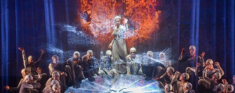 un-macbeth-tra-reale-e-fantastico-opera-gotica-sul-palco-del-sociale_4462cfd6-fcf2-11e9-b4a1-8ed24f761d71_998_397_original
