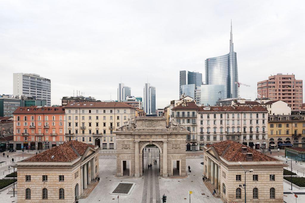 Martino Lombezzi_Milano, 2013