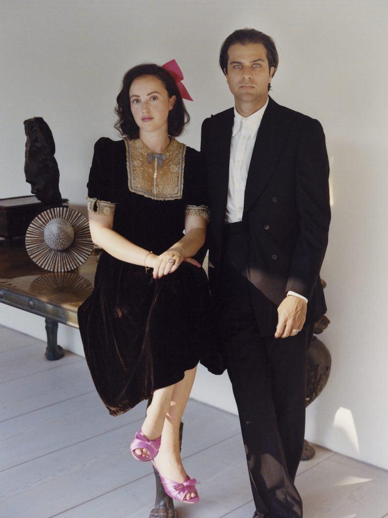 Phoebe Saatchi Yates e Arthur Yates.