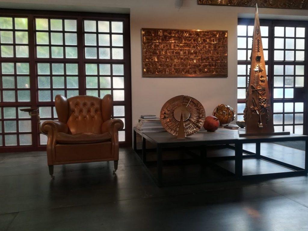 Fondazione Arnaldo Pomodoro, Il Salone espositivo