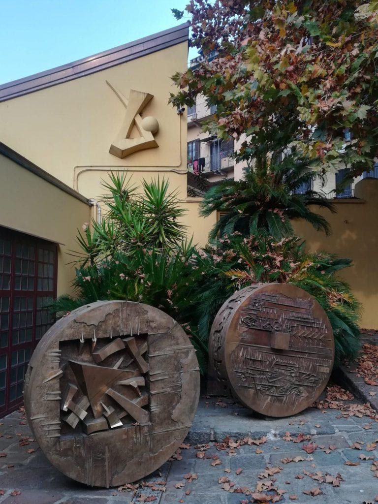 Fondazione Arnaldo Pomodoro, il cortile